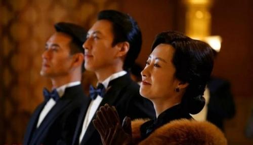 《伪装者》大姐刘敏涛,拍戏片场的秘密竟然是?